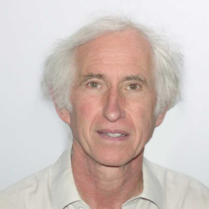 Professor Robert Walker is an Emeritus Fellow of Green Templeton College. He is an Associate Fellow and Emeritus Professor at the Department of Social Policy and Intervention, University of Oxford, and Professor in Social Policy and Development at Beijing Normal University, China.