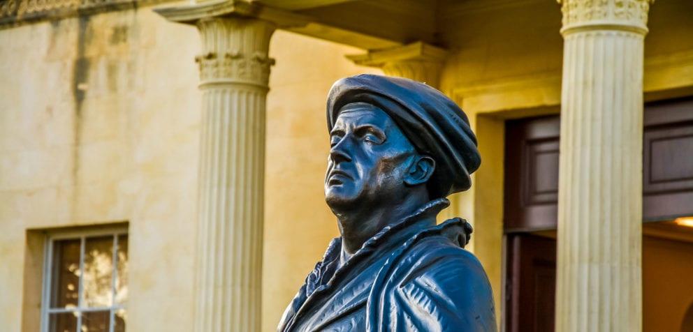 John Radcliffe Statue Greg Smolonski Cropped