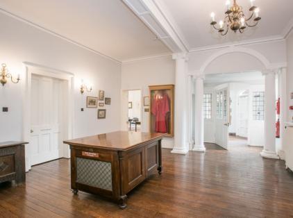 Hallway, Osler McGovern at 13 Norham Gardens, Green Templeton College