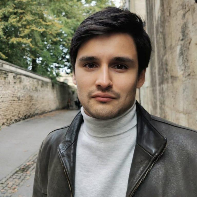 Daniel Barker Flores